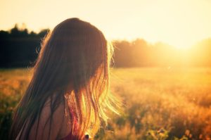 Sonnenuntergang-Mädchen